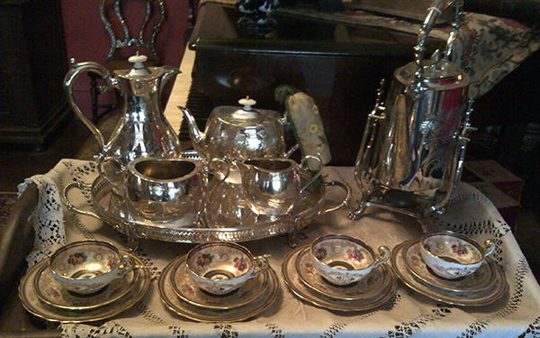 lindfield tea tray art
