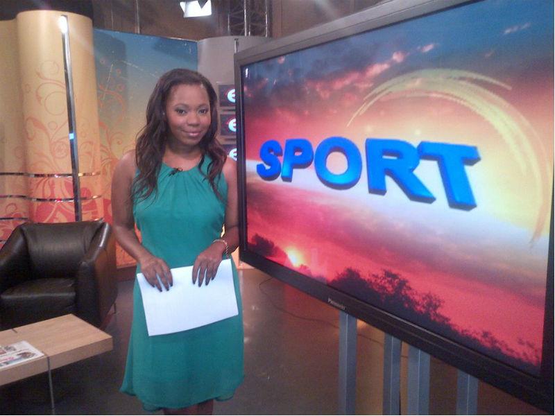 Ayanda Bandla on set