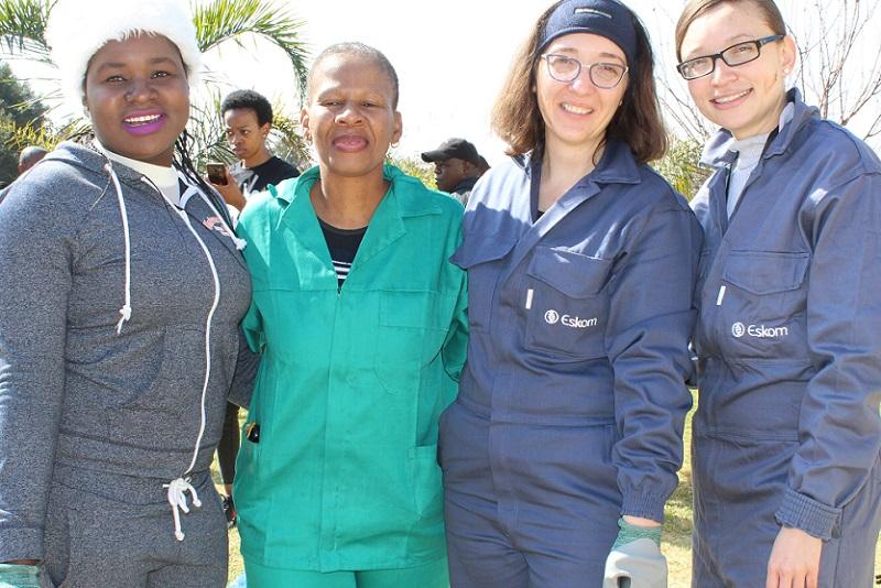 Mandela Day children's home Eskom staff