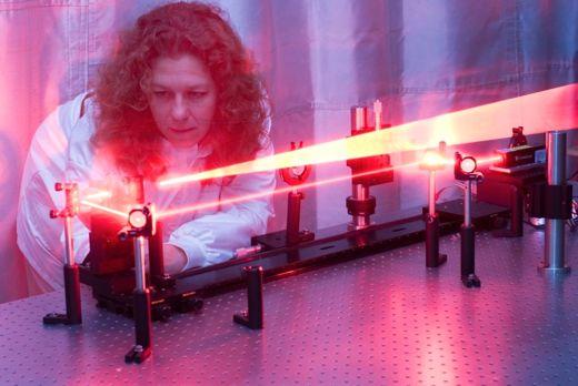Liesl Burger, laser expert