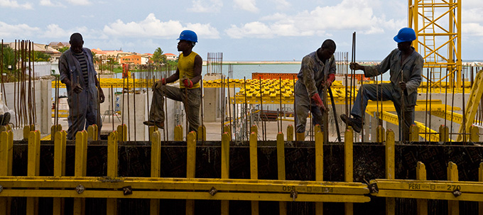 Construction workers article